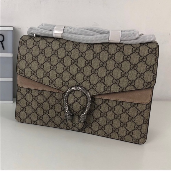 59c9dc4c6e86 Gucci Bags | Dionysus Medium Gg Supreme Shoulder Bag | Poshmark